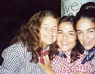 Sisters 1973040