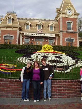 Mickey face 09