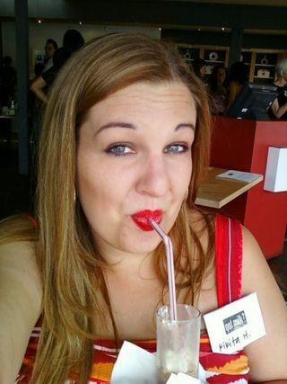 Amy milk face
