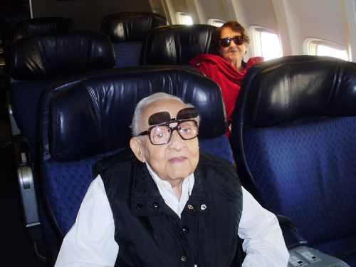 Viejos on the plane