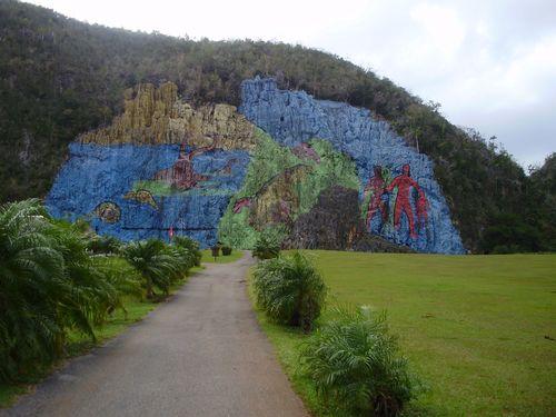 5 - Mural