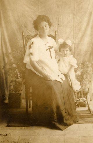 1a - pregnant abuela