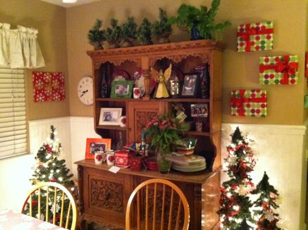 Hutch decorated for Christmas