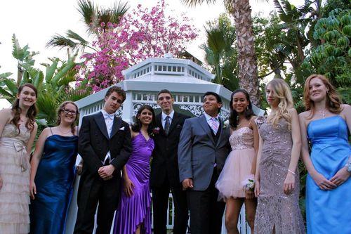 Prom friends