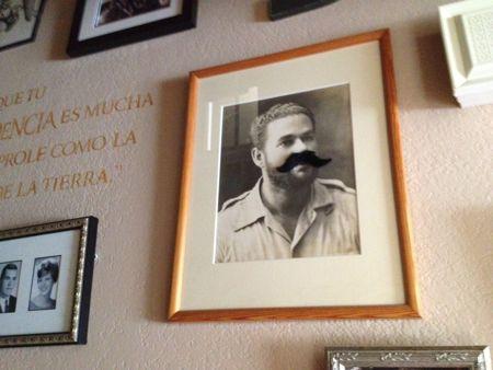 Papi mustache