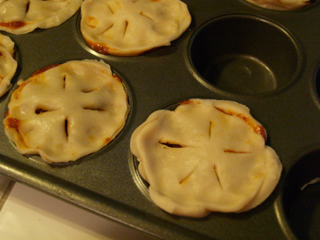 Vent holes for pies