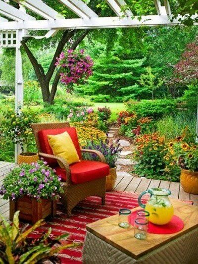 Bright-outdoor-furniture