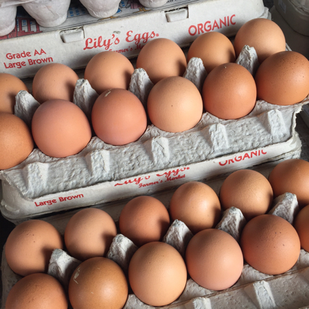 Farmers-market-lilys-eggs