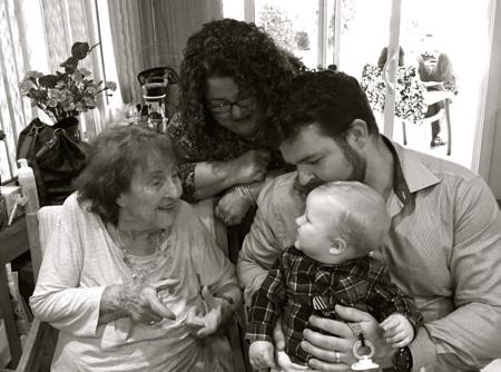 My-big-fat-cuban-family-4-generations
