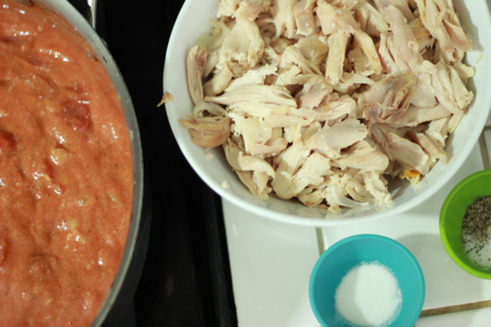 Chicken-and-pasta-bake-tomatoes-and-chicken