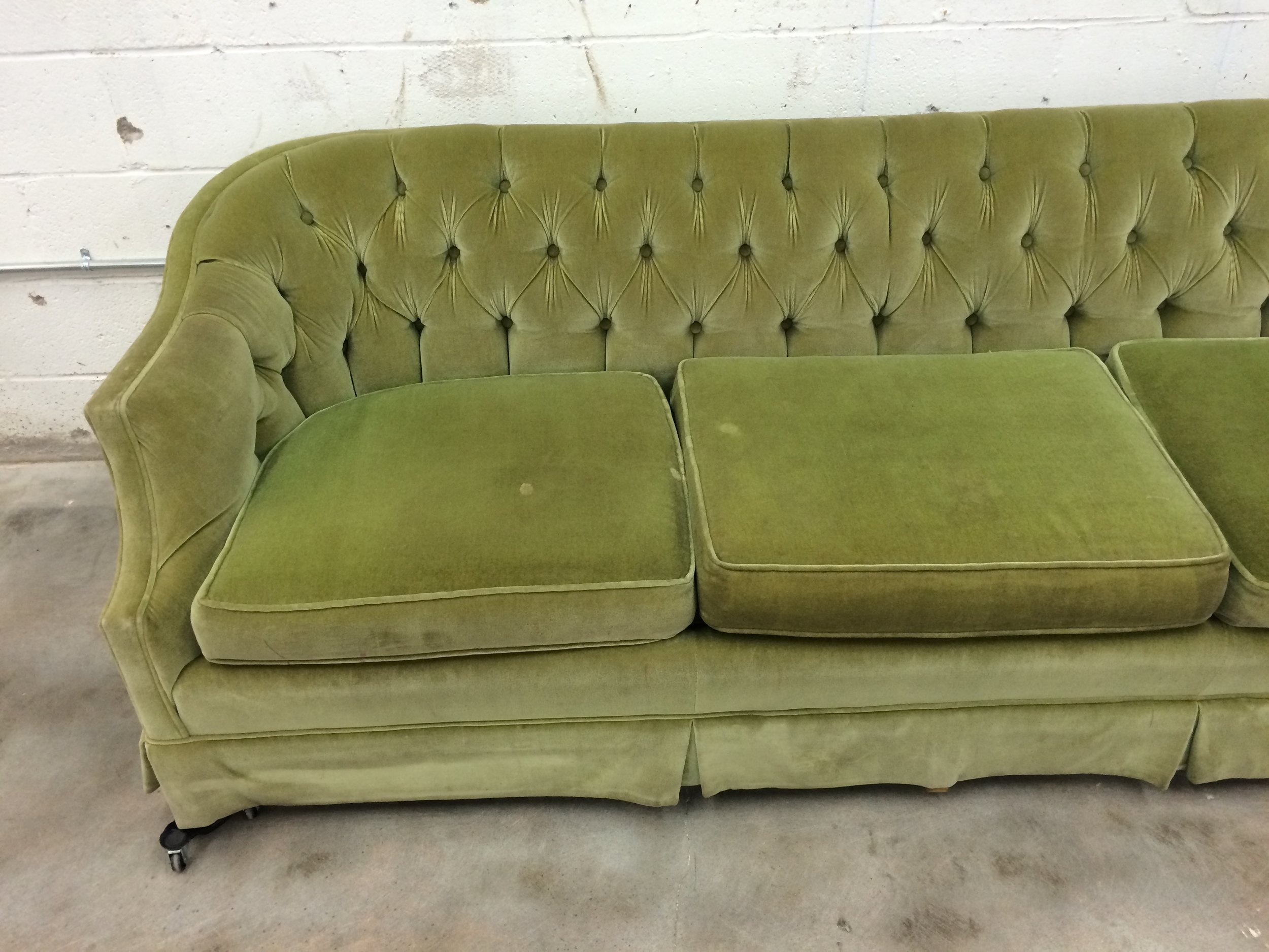 Before  After Vintage Tufted Sofa Goes from Skirted to