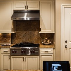 Kitchen Speakers Tvs And Dining Ultramedia Inc 1 Home Theater Smart Dallas Texas These Clients Live In A Lovely Low Rise Condo