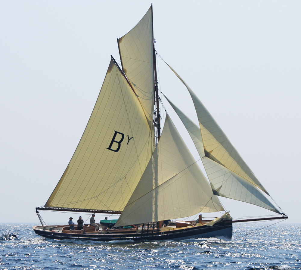 Classic Yachts For Sale Classic Yacht TV CLASSIC YACHT TV