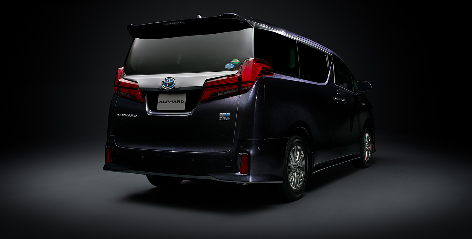 all new alphard 2018 facelift camry hybrid review toyota hq motors 30yrs anniversary package rear led lights