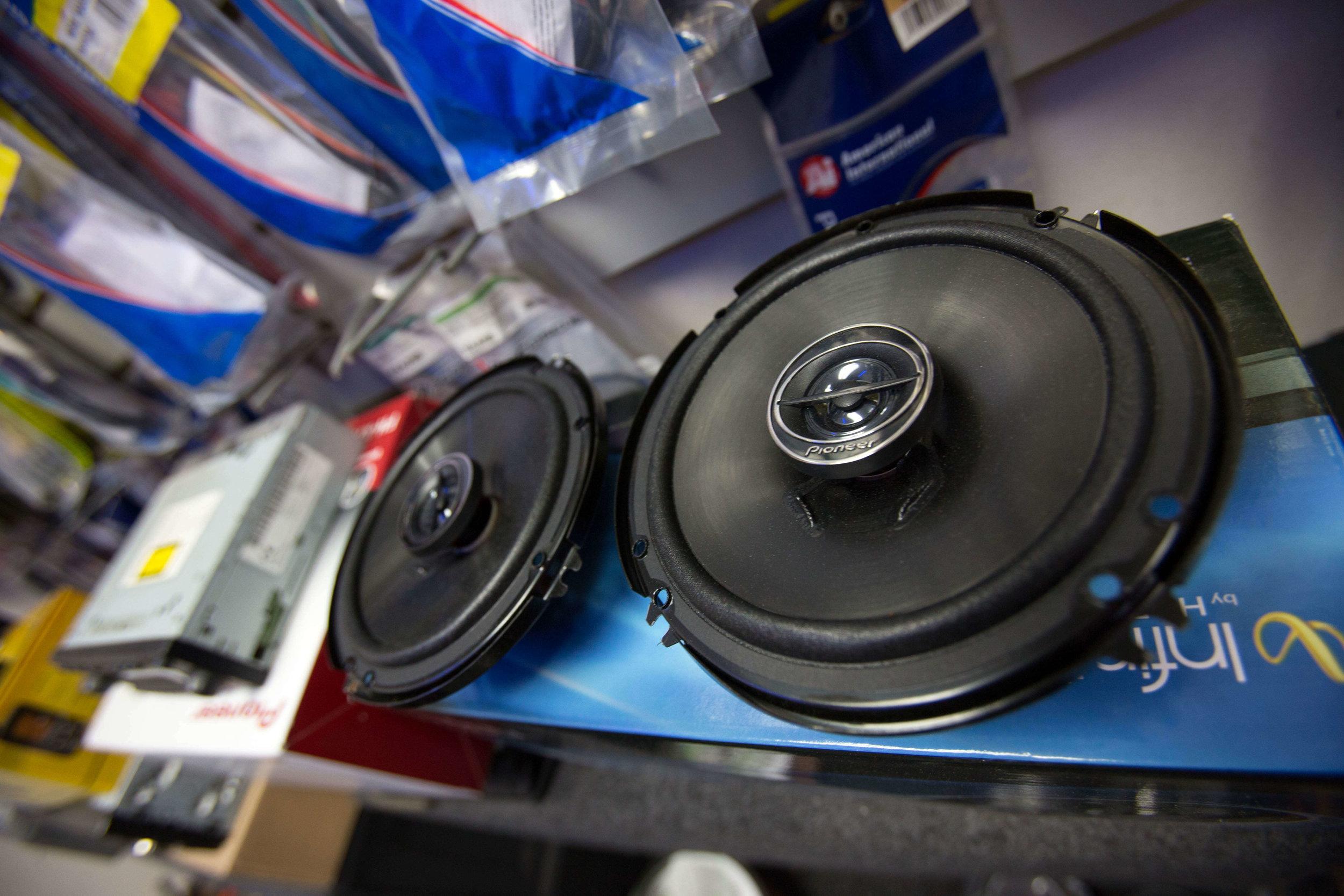 car stereo speaker [ 1500 x 1000 Pixel ]