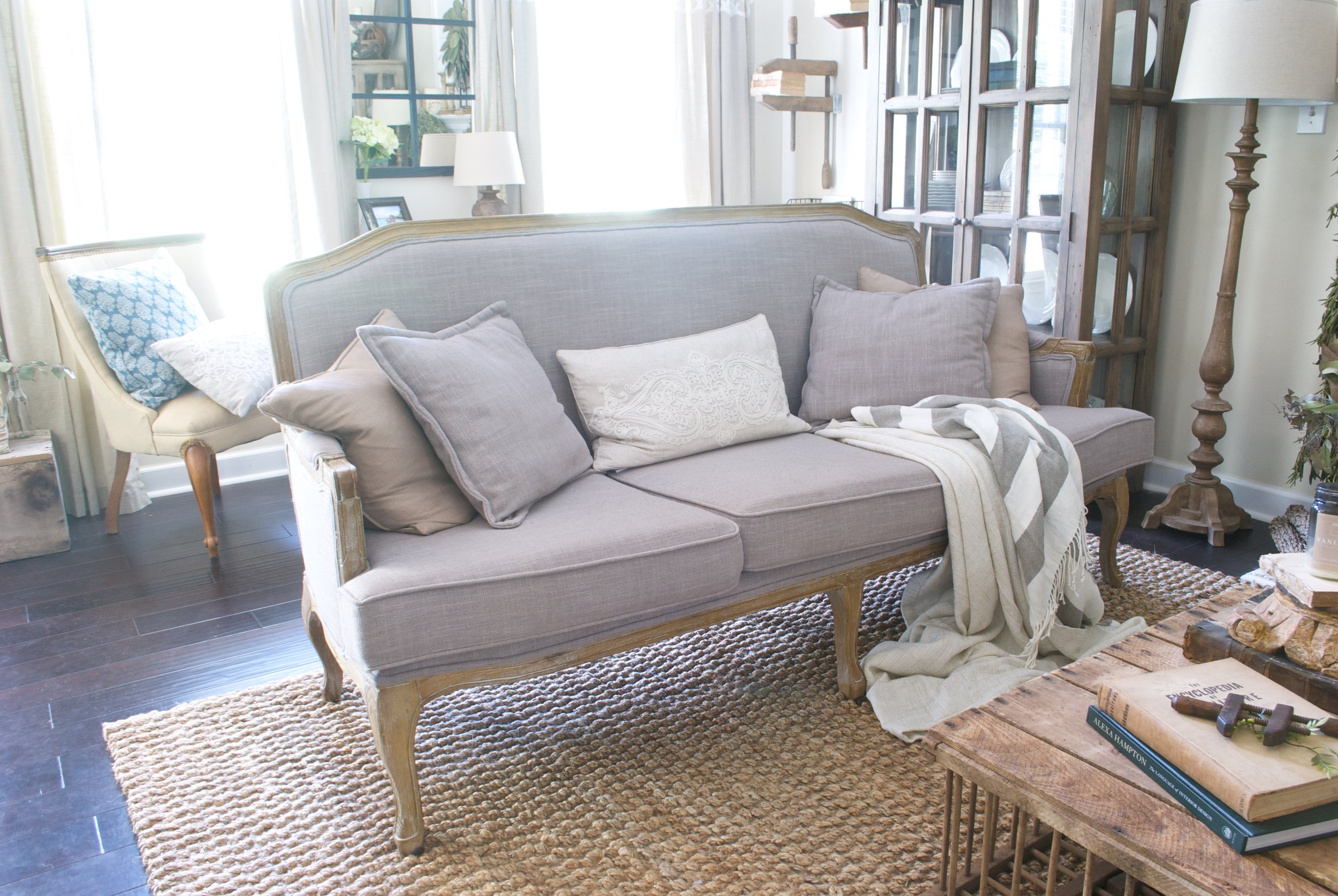 Plum Pretty Decor Amp Design CoMy Cozy French Farmhouse Living Room Im Giving You ALL The Sources