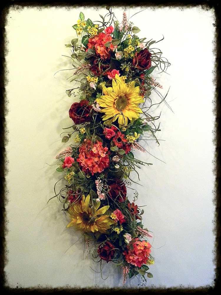 Home Decorating  Swags  Wreaths  Mobiles  Candle