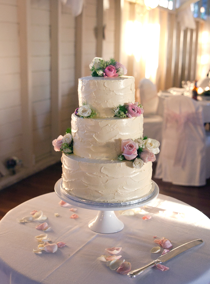 Simple Wedding Cakes Ideas On Wedding Cakes With Simple Penganten