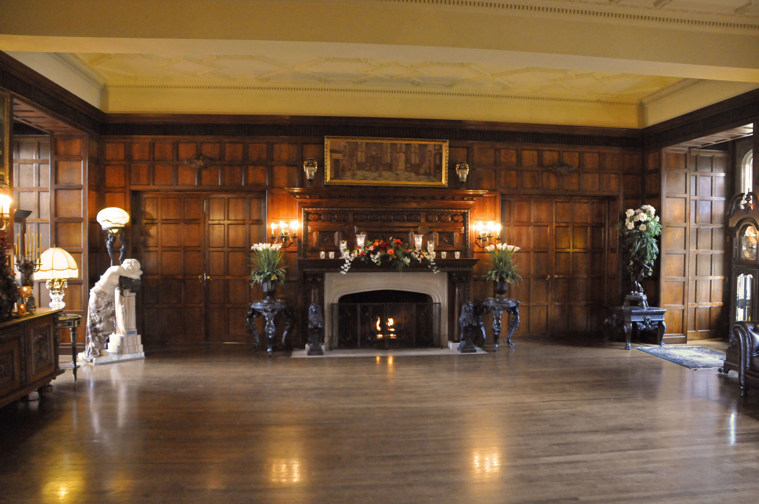 Castle Interior Photo Gallery  Thornewood Castle