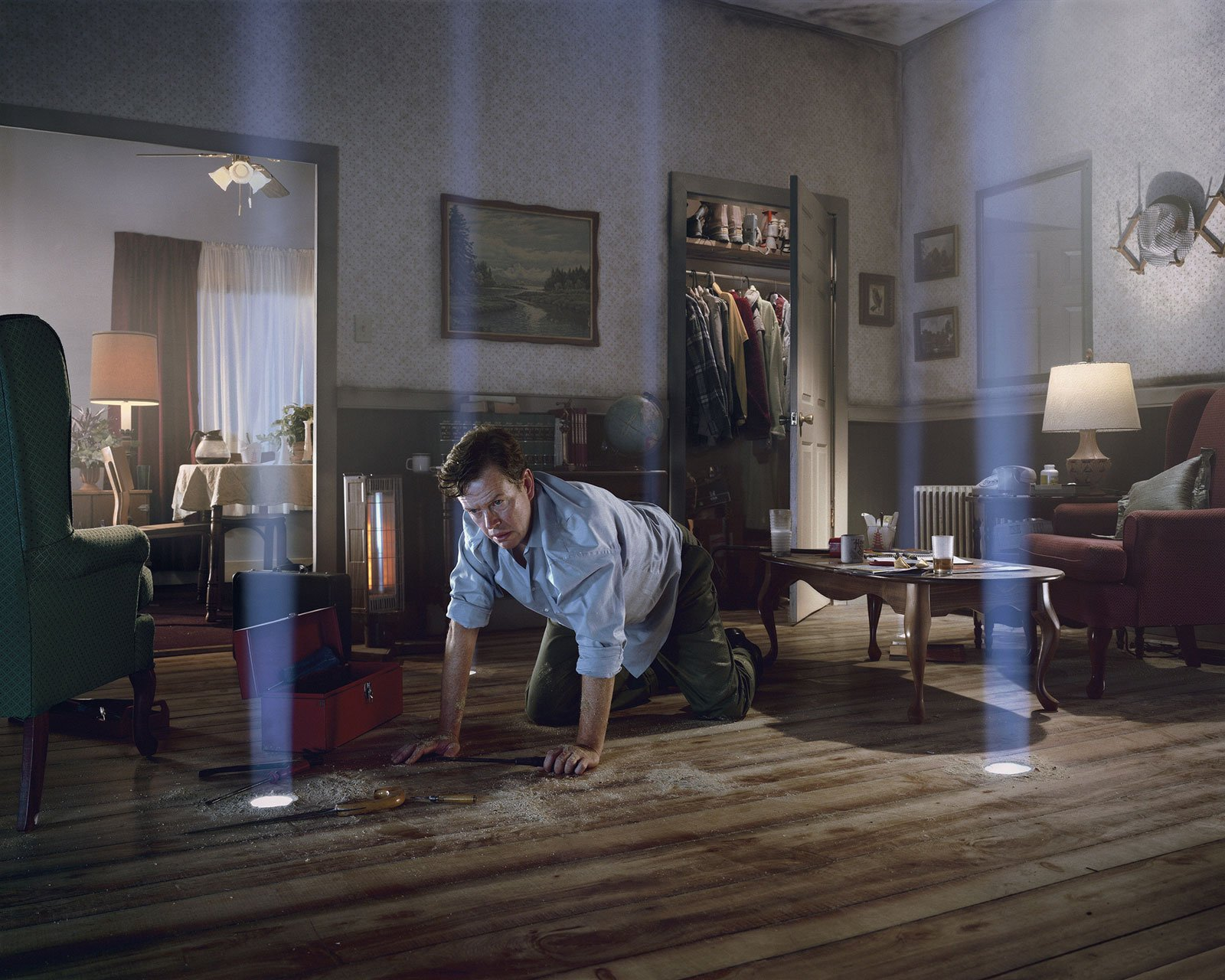 hight resolution of dylan baker in a photograph from dream house by gregory crewdson