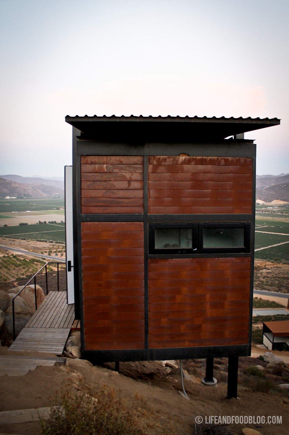 square table with 8 chairs colored office valle de guadalupe: encuentro guadalupe — life & food | a modern lifestyle and culinary journal