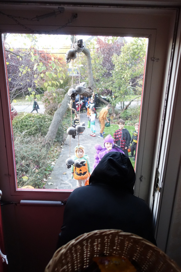 skeleton chair wake me up p kolino little reader canada blog kevin wolfe architect c the witch sizes crowd as they file bluestone path who will she scare most skulls hang on front door and bats skeletons from