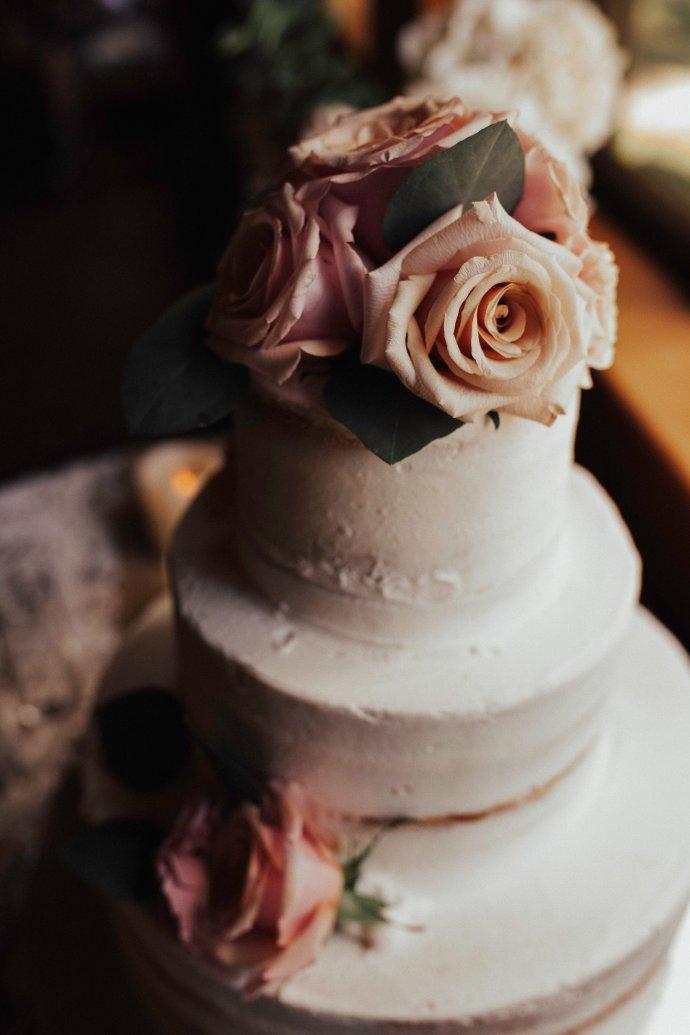 Cake: Brenda's Cakes