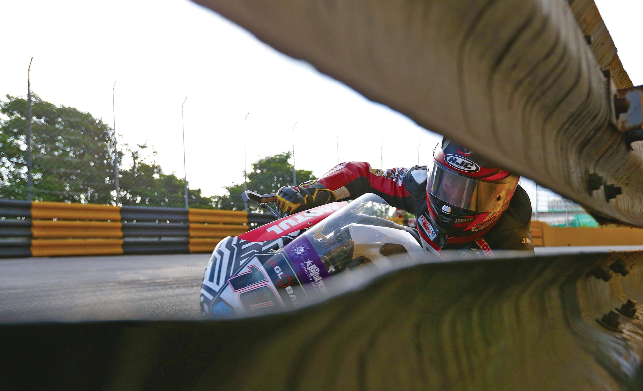 Inside spread smg race tested street proven joe rocket also sizing  rh joerocket