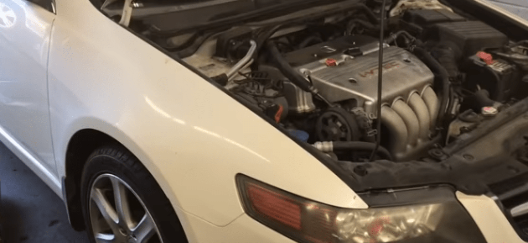 hight resolution of how to replace the valve cover gasket on a 2004 2008 acura tsx with 2 4