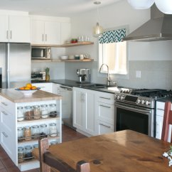 Kitchen Reno Cabinet Repair East Van Suzanne Ward Interiors This Project Involved A Complete Rehab For Family Who Had Just Moved Into