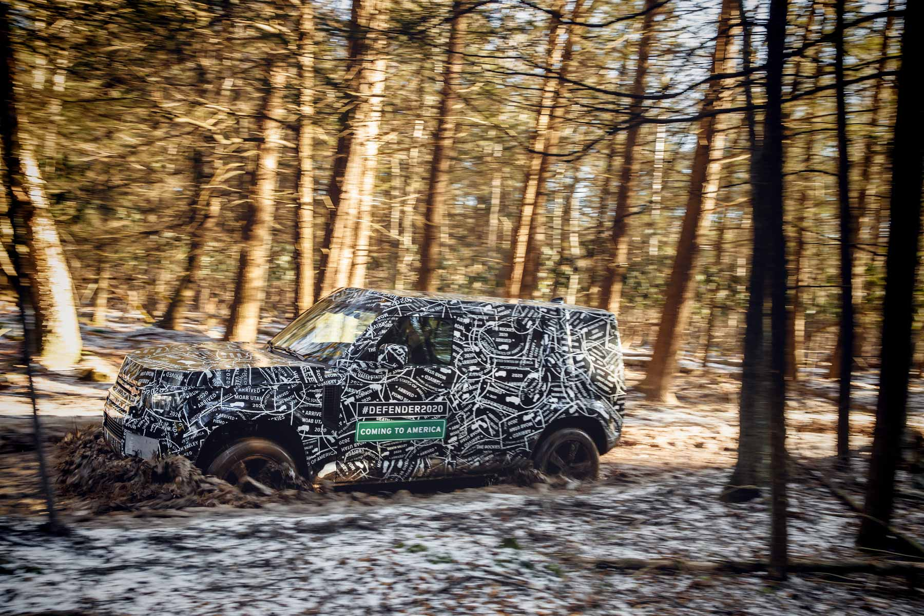small resolution of land rover confirms we ll see new defender in 2019