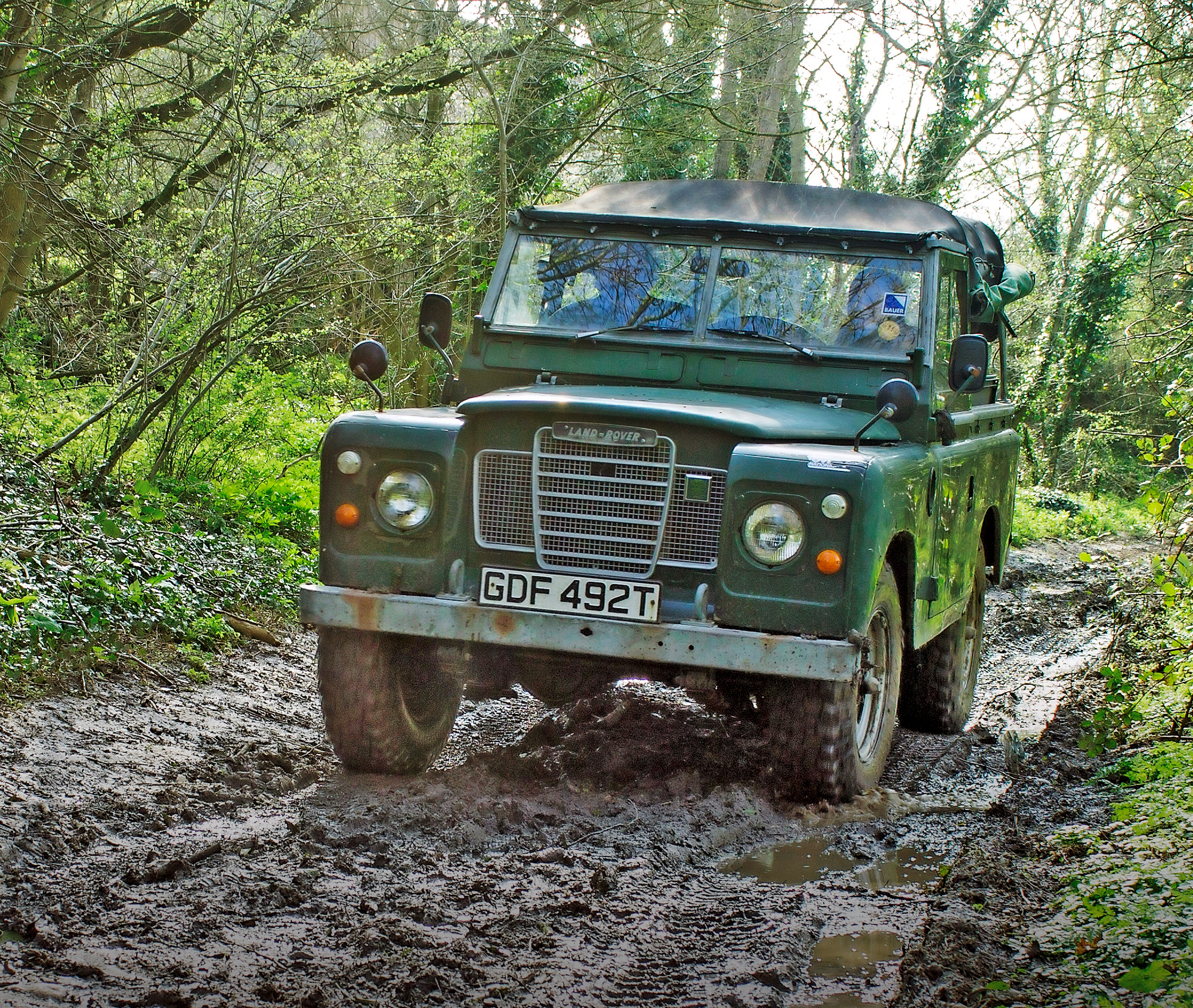 hight resolution of land rover advice