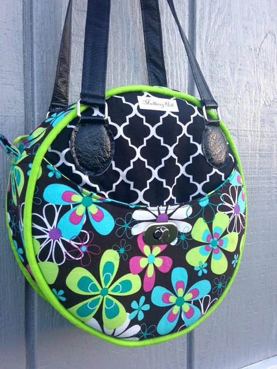 Roundabout Bag from PrintOrPlain on Etsy ($)