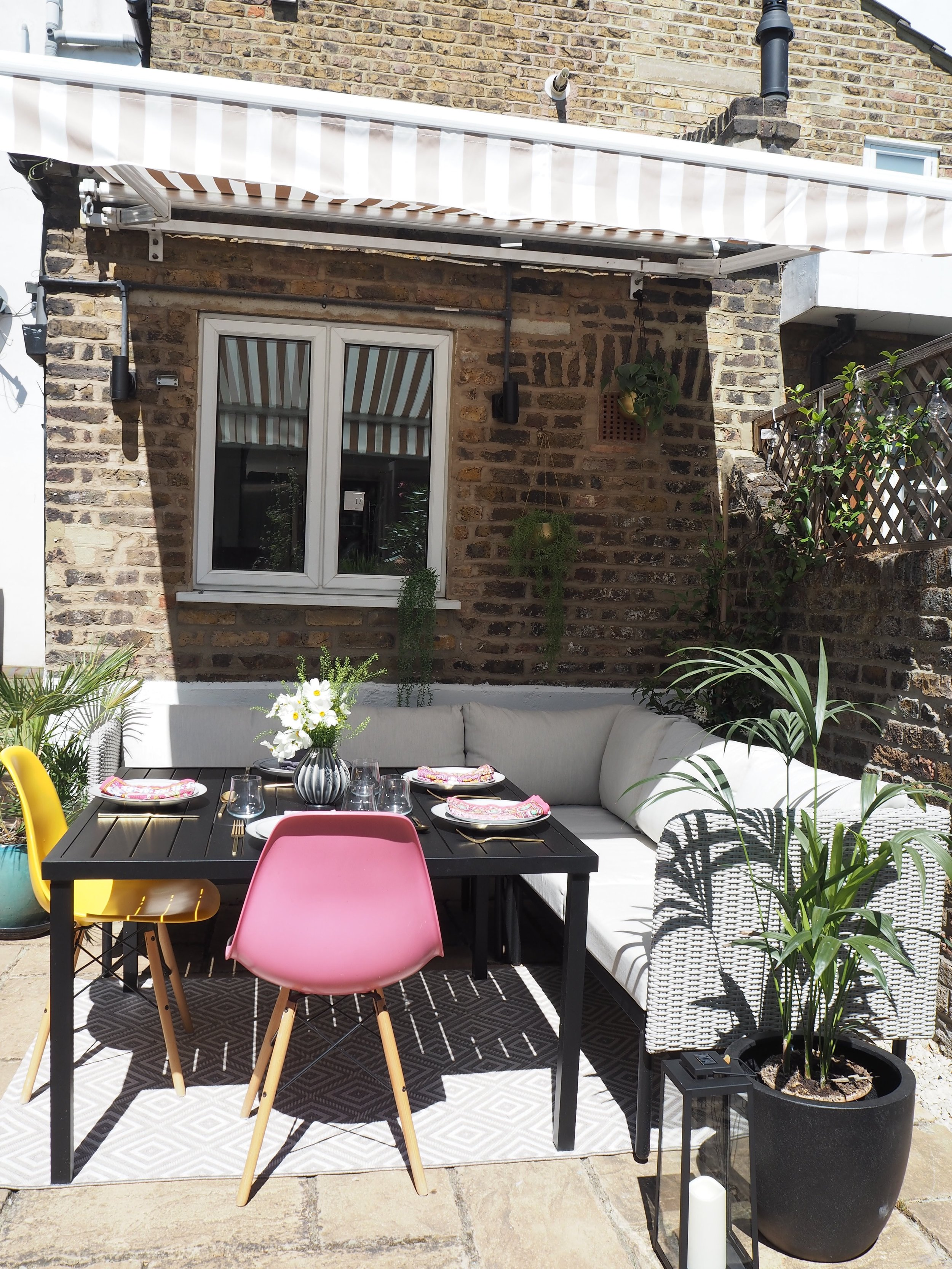 al fresco st tropez hanging chair and cushion antique potty how i transformed our scruffy patio into a gorgeous dining the cushions are suitable for outdoors but m going to buy storage box keep them in on rainy days throughout winter instead of buying new