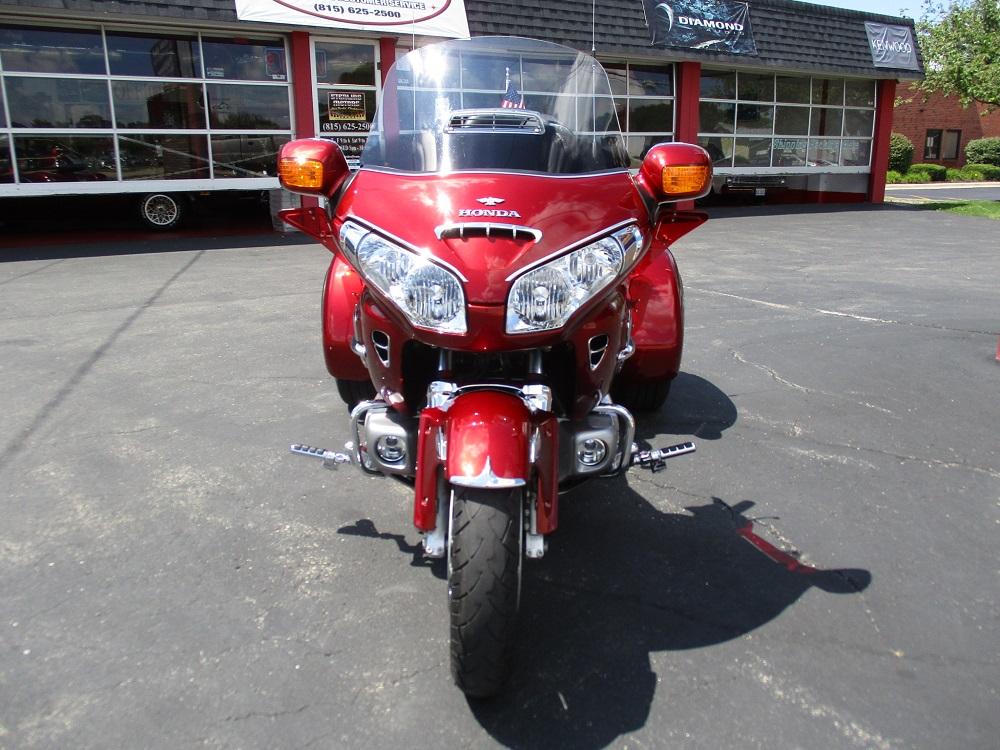 road sofa seat goldwing kivik customer review 2010 honda gold wing trike sterling motors inc hot rods choppers 10 002 jpg