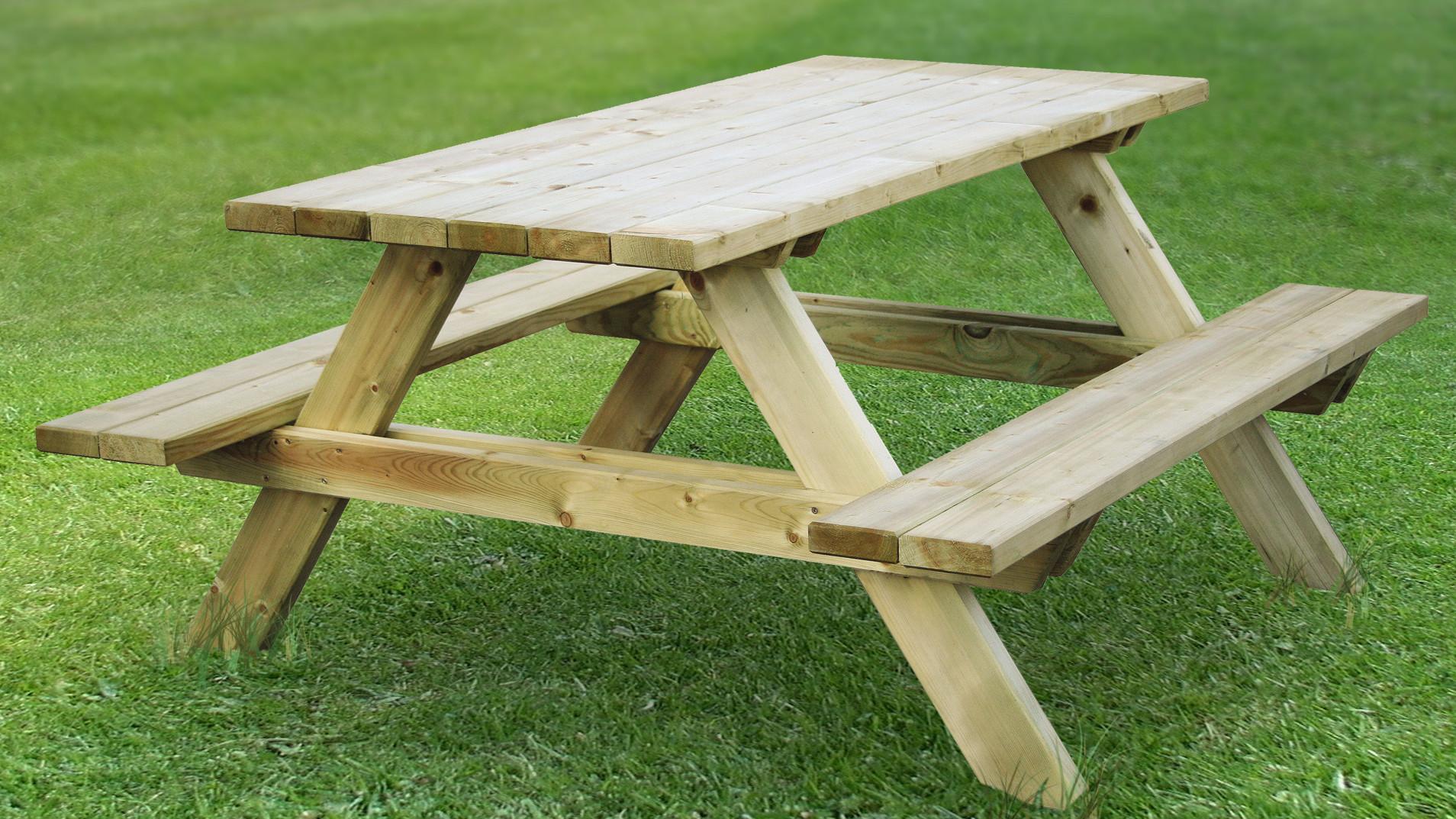 Finishing Cedar Table
