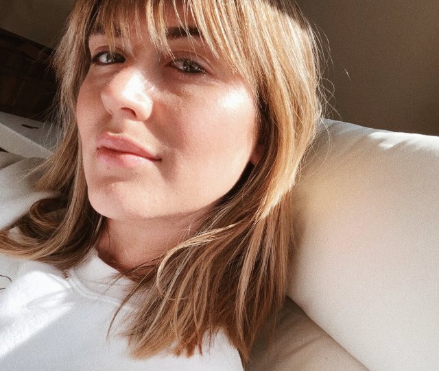 Dealing With Hormonal Adult Acne Holistically