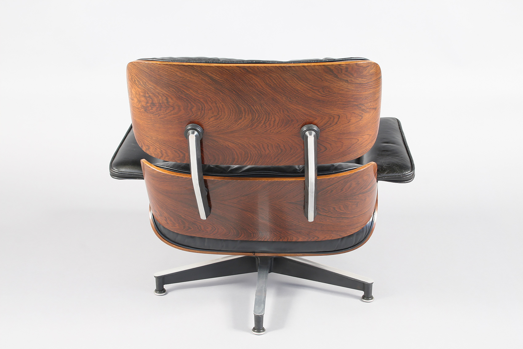 Eames Chair Repair Eames Lounge Chair Set 670 671 Restoration Conservation