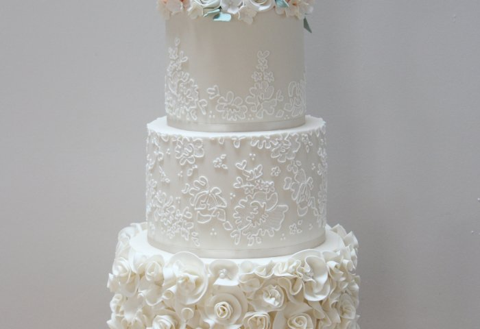 Beautiful Ruffle Lace And Sugar Flowers Wedding Cake For Maria And