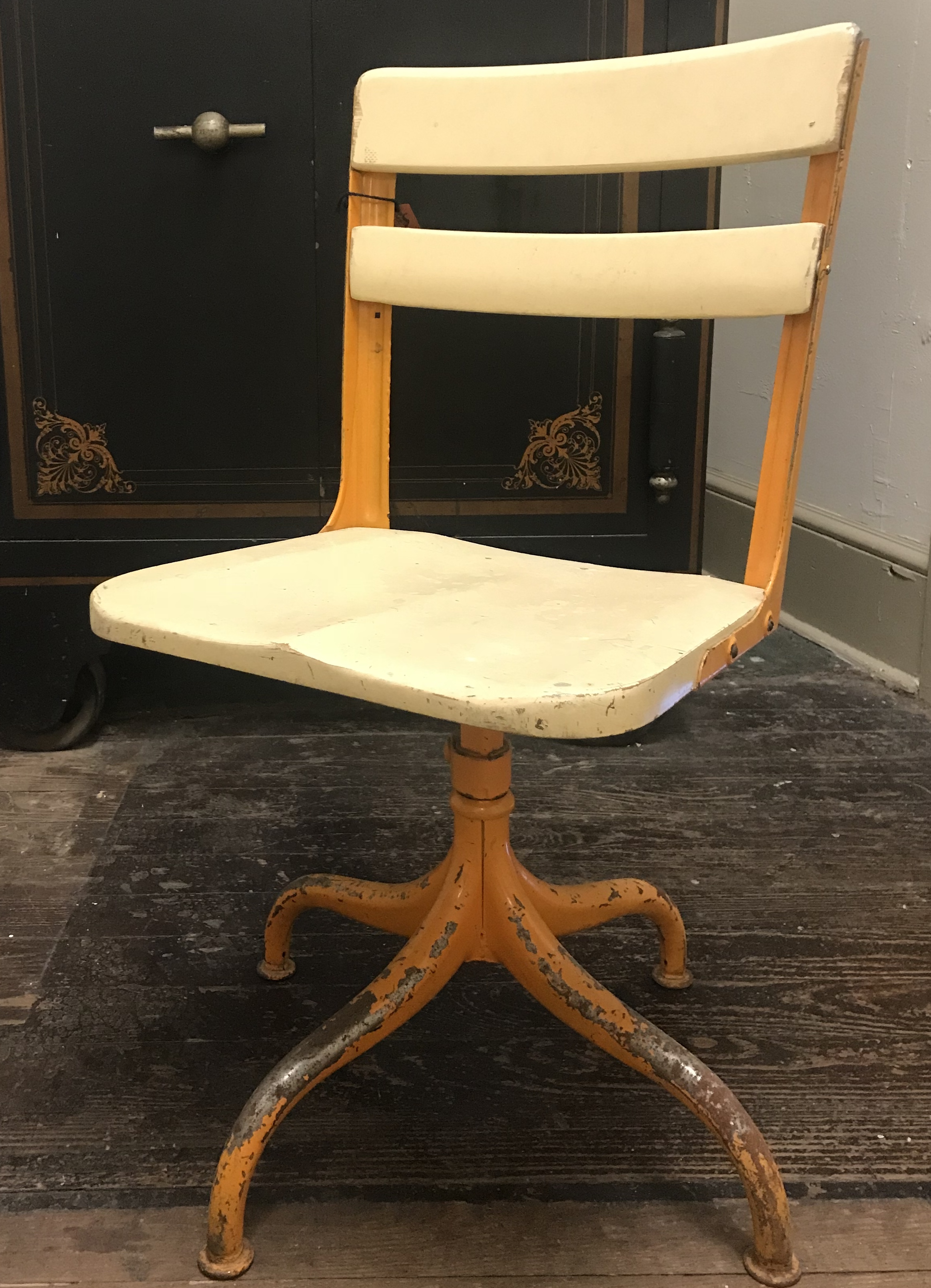 Vintage Swivel Chair Vintage American Seating Company Swivel Chair