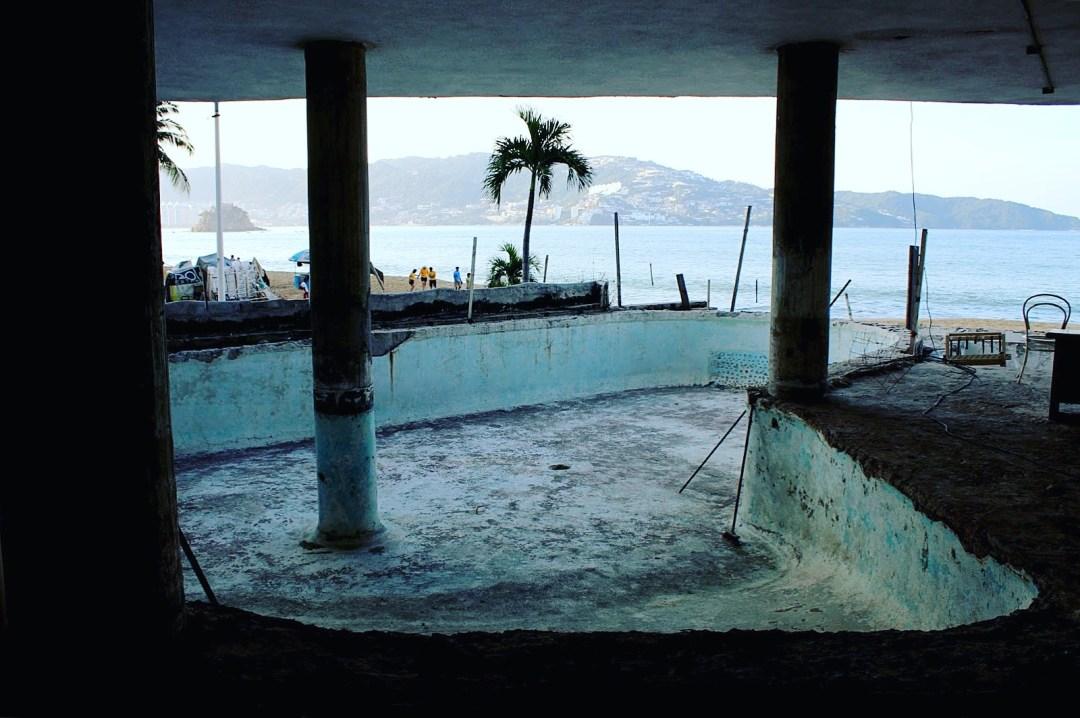 Acapulco abandoned.JPG