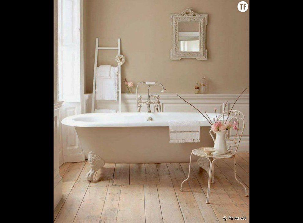Dcoration shabby  une salle de bain dans des tons rose ple  Terrafemina