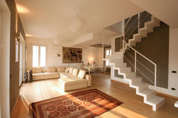 case in legno nelle marche a due piani, su misura, costruita interamente in legno nelle marche in italia. Classicismo E Open Space Foto 1 Livingcorriere