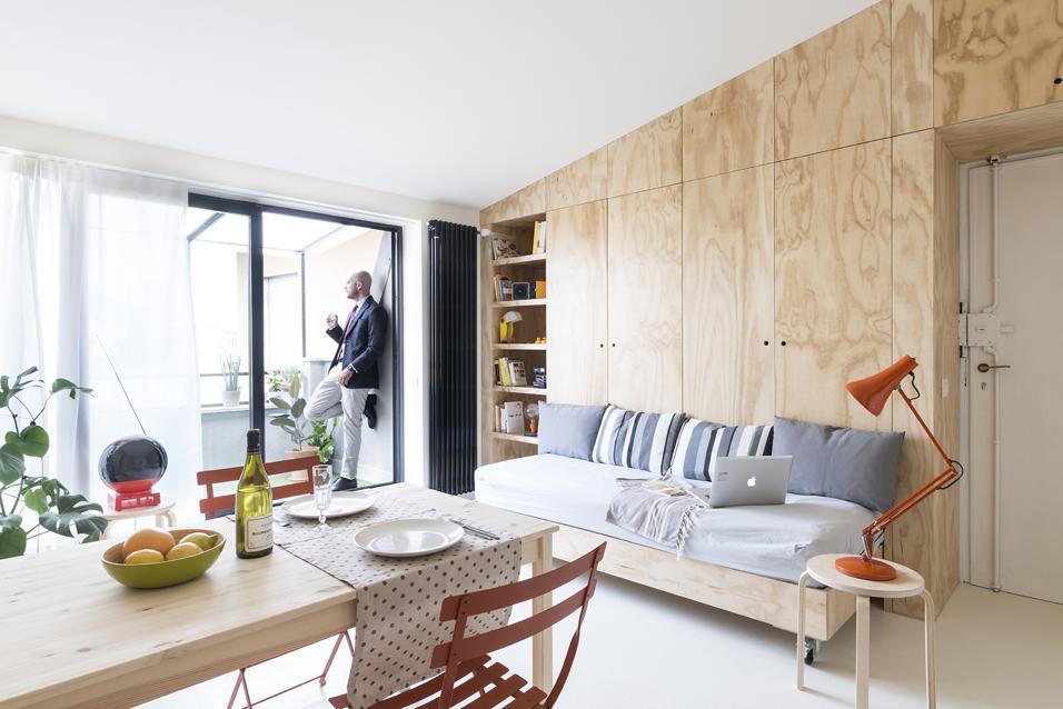 Puntate su sedie dalle linee moderne e colorate per bilanciare e creare una perfetta armonia. Case Piccole Soluzioni Per Arredare