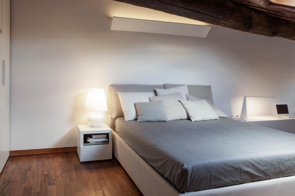 Il letto matrimoniale e altri mobili della tua camera da letto sono quantomai importanti! Camere Da Letto 35 Semplici Idee Per Arredarle Livingcorriere