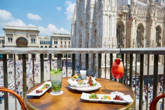 Aperitivo vista Duomo  LivingCorriere