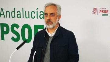 El ex diputado de Presidencia de Huelva entrega su acta y deja su cargo en la gestora del PSOE tras su cese