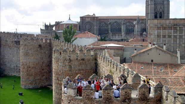 La muralla de Ávila es de origen romano