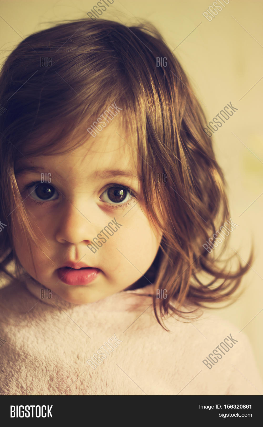 Sad Baby Girl Photo : photo, Little, Image, Photo, (Free, Trial), Bigstock