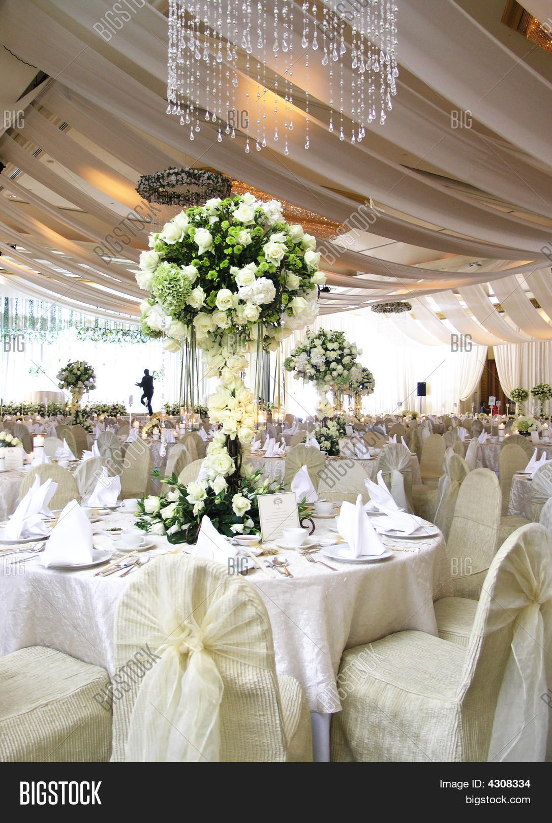 Wedding Table Setting Stock Photo & Stock Images